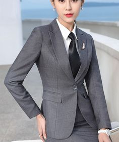 Best 11 3 different countries, 3 different drafts – posted in The Coatmakers Forum: This may or may not be important, but for some reason the drafts… - New Site Casual Tops For Women, Suits For Women, Clothes For Women, Business Suits, Business Women, Business Formal, Business Professional, Professional Women, Women Wearing Ties