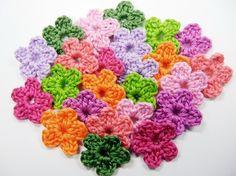 20 Crochet Flowers 5cm Mixed Colours. Beez Crochet Flowers