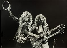 Robert Plant + Jimmy Page Jimmy Page, Concert Festival, Led Zeppelin Shirt, Jazz, El Rock And Roll, Robert Plant Led Zeppelin, Blues, John Bonham, Vintage Art Prints