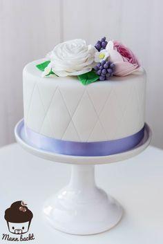 Wedding Cake Mann backt Flowers Hochzeitstorte mit Blumen (1 von 2)