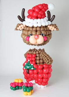 Christmas Balloons, Christmas Ornaments, Balloon Dress, Balloon Animals, Balloon Decorations, Holidays And Events, Sculptures, Birthday Parties, Xmas