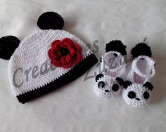 Set gorro y zapatos Panda