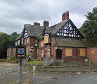 UK, Northenden, Manchester - The Tatton Arms -  Tudor pub facing the River Mersey