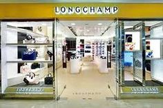 These longchamp sale are so fashionable! Not only do they look good but they are true to size are comfortable on your hand and are listed at an affordable price.