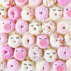 Why not fill your dessert table with these cute mini donuts? Mini donuts are so easy to make at home and decorate yourself! Make these for your bridal shower or wedding and people will be swooning over how cute they are! Mini Donuts, Cute Donuts, Doughnut, Unicorn Wedding, Bubble Waffle, Rainbow Food, Delicious Donuts, Donut Glaze, Cute Desserts