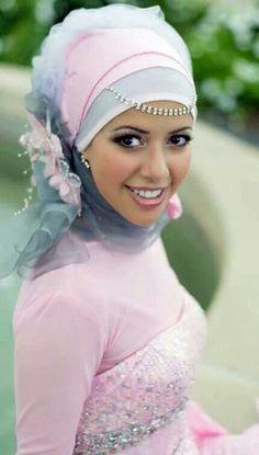 Hijab and dresses / engagement dresses / muslims fashion . Arab Fashion, Islamic Fashion, Muslim Fashion, Bridal Hijab, Hijab Bride, Hijab Trends, Muslim Brides, Hijab Tutorial, Islamic Clothing