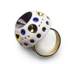 La naturaleza y las formas geométricas se materializan en las creaciones de joyería con porcelana de Lladró | GoldAndTime