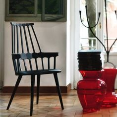 Comback Chair with black lacquered legs by Patricia Urquiola