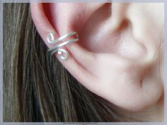 DIY Ear Cuff!!! So easy to make, costs so little, the latest in hipster fashion