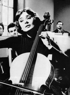 Cello lesson, Audrey Hepburn