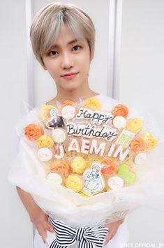 Happy birthday na jaemin💚 Nct 127, Happy Birthday Baby, Today Is My Birthday, Winwin, Taeyong, Jaehyun, Rapper, Ntc Dream, Nct Dream Jaemin
