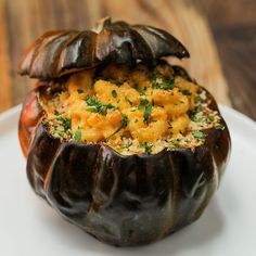 Put a twist on a holiday favorite dish with the LG ProBake Oven and try this delicious mac 'n' cheese stuffed squash. Fall Festival Food, Stuffed Squash, Yummy Food, Tasty, Cooking Recipes, Healthy Recipes, Foods To Eat, Nutritious Meals, Fall Recipes