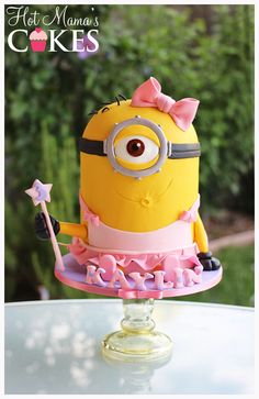 Ooooh! Pretty Minion! - Looks like Dave got into Margo's Ballerina outfit :)  I highly recommend Lesley Wrights Minion tutorial..:)