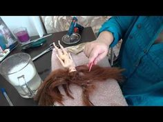 Como arreglar el pelo de una muñeca princesa disney muy enredado y feo  ...