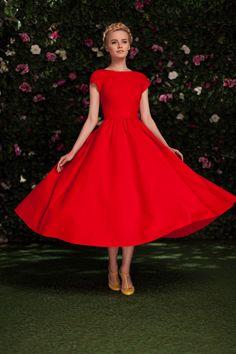 Платье «Мэри» коралл — 23 990 рублей