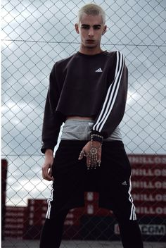 The attitude   Cropped sweatshirt   adidas