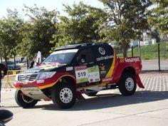Toyota Hilux with white DakarCorse signed EVO Corse #evocorse #wheels #toyota #white #offroad