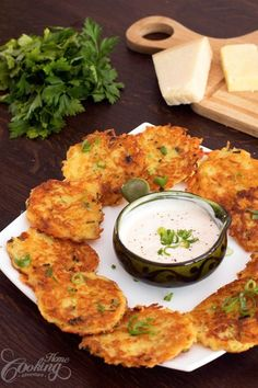 Home Cooking AdventureHam and Cheese Potato Pancakes Recipe . Looking for Fast & Easy Breakfast Recipes Vegetable Dishes, Vegetable Recipes, Vegetarian Recipes, Cooking Recipes, Cheese Recipes, Easy Potato Recipes, Good Food, Yummy Food, Tasty