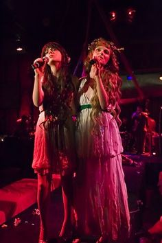 Zooey Deschanel + Karen Elson. The Citizen's Band.
