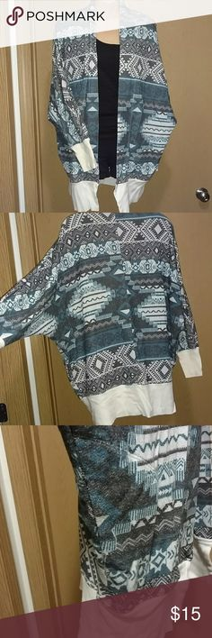 Aztec Slouchy sweatshirt Cardigan Cozy open cardigan. Made with a comfy sweatshirt material. Only worn a few times like new. Eyeshadow Tops Sweatshirts & Hoodies