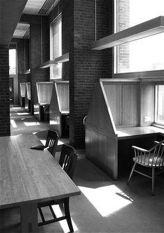 Louis I. Kahn - Exeter Library, 1972