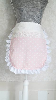 Zástera Adela Romantic pink apron for those who love cooking.