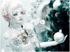 Frozen by Bluoxyde on Flickr.