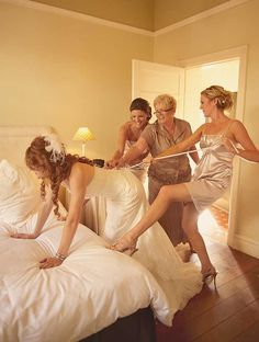 HIlarious Getting ready photo for the bride and her bridesmaids!