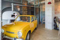 3 locuri noi din București pentru seri fine, de toamnă! Coffee Shop, The Good Place, Traveling, Country, City, Places, Design, Coffee Shops, Viajes