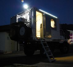 Mercedes-Benz Unimog 1300L Adventure Camper