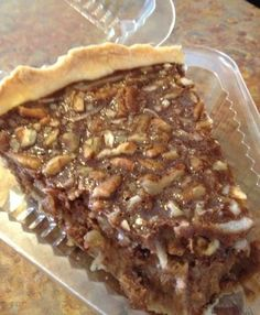 Chocolate Coconut Pecan Pie - Amish Recipes Oasis Newsfeatures:::got one at Publix market USA Just Desserts, Delicious Desserts, Yummy Food, Good Food, Cupcakes, Cupcake Cakes, Pie Dessert, Dessert Recipes, Coconut Pecan