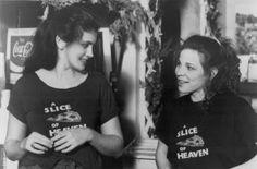 Julia Roberts — 1990sJulia Roberts and Lili Taylor in Mystic Pizza directed by Donald Petrie, 1988Full serie Pizza Meme, Lili Taylor, Annabeth Gish, Mystic Pizza, Image Film, Julia Roberts, Coming Of Age, Good Movies, Most Beautiful Pictures