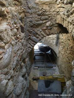 Il borgo di Chianalea a Scilla: il mare dentro le case. http://www.bebchianalea.it