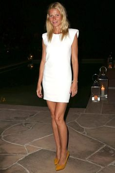 Gwyneth Paltrow in a little white dress + nude pumps #style #fashion