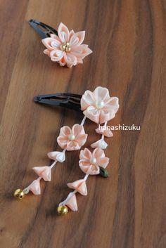 サーモンピンク 桜 下がり付きパッチンピン by はなしずく アクセサリー ヘアアクセサリー