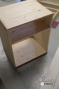 Nightstand Design Ideas For Nightstand Alternatives DIY. Floating Nightstands For Saving Space In The Bedroom . Dresser In Hallway With Accessories Home Decor Diy Home . Plywood Projects, Diy Pallet Projects, Furniture Projects, Furniture Logo, Wood Furniture, Shanty 2 Chic, Woodworking Furniture, Woodworking Projects, Woodworking Plans