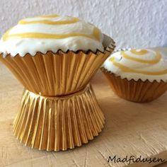 Cupcakes m. kokos og marcipan.