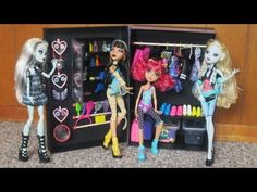 How to make a walk-in closet for Monster High dolls with recycled materials - looks like I got some work to do for miss Kadie's dolls