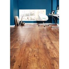 Large image of Rustic Oak Laminate Flooring - opens in a new window