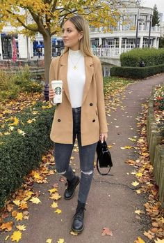 Blazer Outfits Casual, Casual Winter Outfits, Winter Fashion Outfits, Classy Outfits, Look Fashion, Autumn Winter Fashion, Fall Outfits, Cute Outfits, Peacoat Outfit
