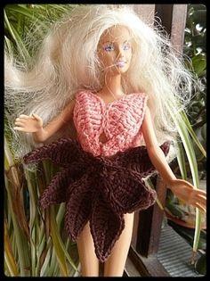 Le défilé des créations -stylistes : Barbie-fleur - Bidouillette