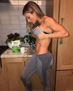 Paige Hathaway Sundays are meant for ab flexed selfies, @fittea and football. COMMENT BELOW YOUR favorite thing to do on Sundays!   #LoseWeightTips4u #LoseWeight #LossWeight #Fitness #PaigeHathaway #GreatLegs #GlutesExercise #DailyExercise #Training #EHPlabs #Athlete #LiftMore #RunMore  #LiveMore #LoveMore #GetFitGirls #SexyFitnessGirl #GYM #FitnessMotivation #Photoshoot #Bodybuilding #Workout #ExerciseMotivation #FitnessModel #Abs #BikiniGirls #HiitYourTarget #GetFit #AtHomeWorkouts