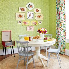 Adorable country dining spot -- love the trays on the wall.