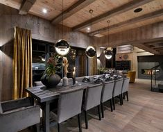 Modern Cabin Interior, Modern Rustic Homes, Best Interior, Interior Design, Rustic Laminate Flooring, Weekend House, Home Technology, Indoor Outdoor Living, Open Plan Living