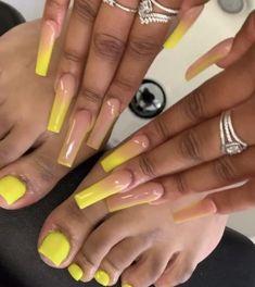 Acrylic Nails Yellow, Acrylic Toe Nails, Long Square Acrylic Nails, Drip Nails, Simple Acrylic Nails, Yellow Nails, Simple Nails, Gel Nails, Coffin Nails