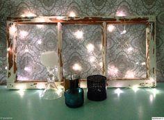 """""""Tyyneliina"""" käyttää led-valoja talven lisäksi myös keväällä. Ja upeahan tämänkin asetelma on :) #styleroom #inspiroivakoti #valosarja #led"""