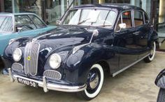 BMW 501 1952 - Classic BMW cars & new / used / rare parts available internationally. Technical specifications, production numbers & pics of all BMW models built to Bmw Cars For Sale, Car Parts For Sale, Trucks For Sale, All Bmw Models, Bmw V8, Bmw Classic Cars, Bmw Parts, Numbers, Ebay