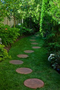 Garden Path Stepping Stones How to lay a stone path stone paths walkways and paths pretty side garden with steppingstone path stepping workwithnaturefo