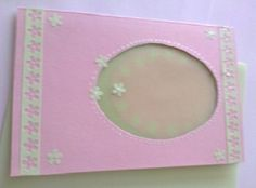 Komplimentka něžná růžovozelená s vokýnkem Ručně vyrobené přáníčko/komplimentka pro každou příležitost. Obálka v ceně :-). Při nákupu nad 500,00 Kč poštovné zdarma!