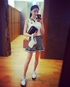 오늘은 귀여운치마 헿�� . . . #여주 #페럼cc #골프스타그램 #몸스타그램 #얼스타그램 #운동 #귀요미 #치마 #민소매 #살태우기 #골프웨어 #오오티디 #사우나 #좋아요 #키큰여자 #거울샷 #모델 #자스민 #golf #selfie #daily #ootd #model #Jasmine http://misstagram.com/ipost/1548393623026982023/?code=BV8_8vhANyH